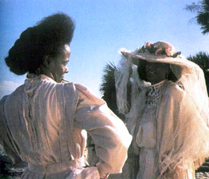 analysis of the film daughters of the dust written and directed by julie dash Daughters of the dust is a 1991 independent film written, directed and produced by julie dash and is the first feature film directed by an african-american woman distributed theatrically in the united states.