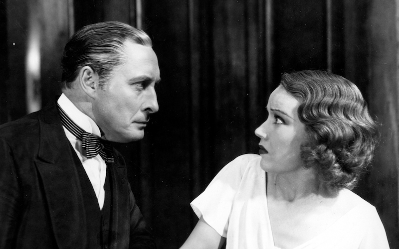 Lionel Atwill and Fay Wray in The Vampire Bat